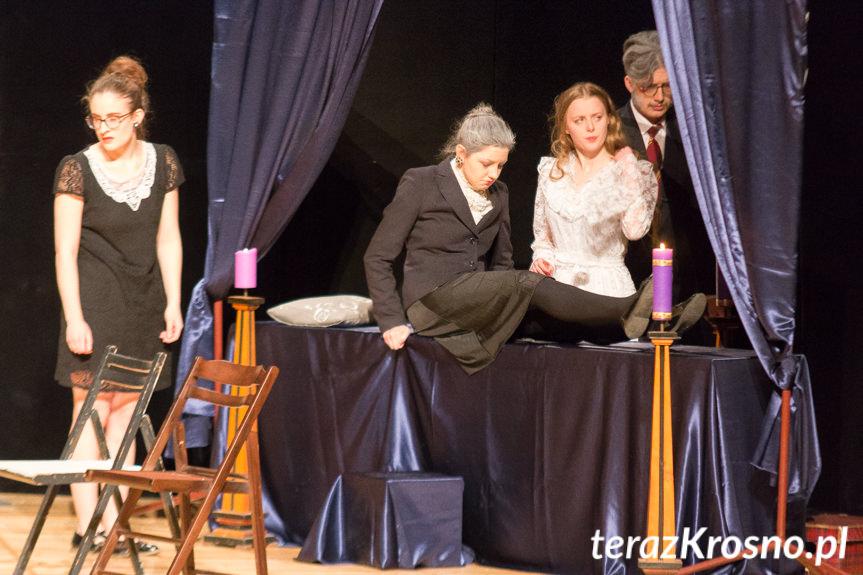 Uczniowie Kopernika Wystawili Dla Krośnian Tango Sławomira Mrożka